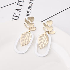 Leaves Shaped Alloy Women's Earrings