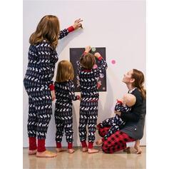 Geyik Aile Eşleşen Noel Pijamaları