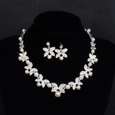 Beautiful Alloy Rhinestones With Imitation Pearl Rhinestone Ladies' Jewelry Sets