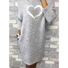 Print/Heart Long Sleeves Shift Knee Length Casual Sweater Dresses