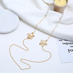 Flower Shaped Alloy Imitation Pearls With Imitation Pearl Women's Fashion Earrings (Set of 2)