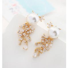 Nice Alloy Crystal Ladies' Fashion Earrings