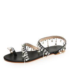 Frauen Kunstleder Flascher Absatz Sandalen Flache Schuhe Peep Toe Slingpumps mit Nachahmungen von Perlen Kette Schuhe