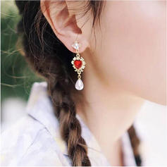 Heart Shaped Alloy Resin Imitation Pearls With Imitation Pearl Women's Fashion Earrings (Set of 2)