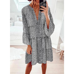 Leopard Long Sleeves/Flare Sleeves Shift Knee Length Casual Dresses