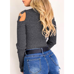 Solid Grid Round Neck Sweaters
