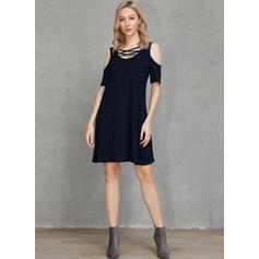 Solid Cold Shoulder Sleeve Shift Above Knee Little Black/Casual Dresses
