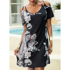 Print Short Sleeves/Cold Shoulder Sleeve Shift Above Knee Casual/Boho/Vacation T-shirt Dresses