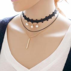 Moda Aleación Encaje con Perlas de imitación Señoras' Collar de la manera