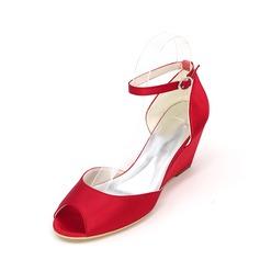 Mulheres Cetim Plataforma Peep toe Bombas Calços com Fivela
