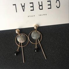 Shell Alloy Women's Fashion Earrings