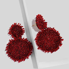 Unique Beads Women's Fashion Earrings (Sold in a single piece)