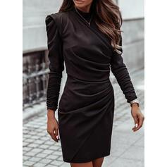 Couleur Unie Manches Longues/Manches Bouffantes Moulante Au-dessus Du Genou Petites Robes Noires/Élégante Robes