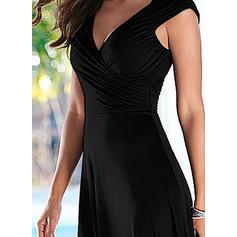 Μονόχρωμο Αμάνικο Μεσάτο Πάνω Από Το Γόνατο Μικρό μαύρο/Καθημερινό/Κομψό Сукні