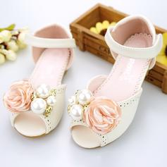 Girl's Microfiber Leather Flat Heel Peep Toe Sandals Flower Girl Shoes With Imitation Pearl Velcro Flower