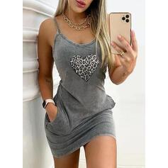 Impresión/Leopardo/Corazón Sin mangas Ajustado Sobre la Rodilla Casual Camisón Vestidos