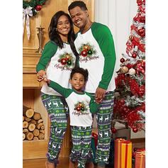 Ren Geyiği Mektup Baskı Aile Eşleşen Noel Pijamaları