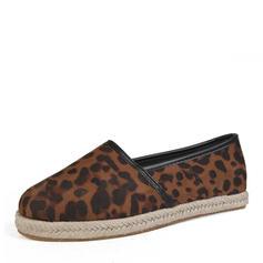 Vrouwen Stof Flat Heel Flats Closed Toe met Dier Afdrukken schoenen