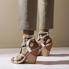 Mulheres PU Salto robusto Sandálias Peep toe com Fivela Oca-out sapatos
