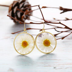 Exquisite Charming Alloy With flower Earrings