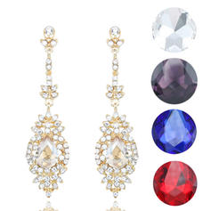 Exquisite Alloy Rhinestones With Rhinestone Ladies' Fashion Earrings