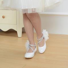 A menina de imitação de couro low Heel Toe rodada Fechados Sapatas do florista com Pérola Imitação Laço de cetim Velcro Aplicação de renda