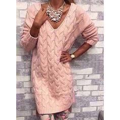 Sólido Punto De Cable Punto Grueso Escote en V Vestido de Suéter