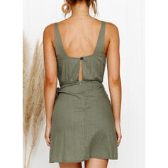 Solid Sleeveless Sheath Above Knee Sexy/Casual Dresses