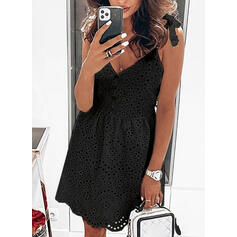 Lace/Solid Sleeveless A-line Above Knee Little Black/Casual/Vacation Slip/Skater Dresses