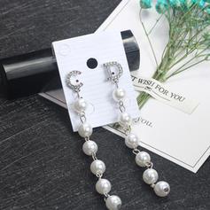 Fashionable Alloy Rhinestones Imitation Pearls Ladies' Fashion Earrings