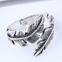 Fashionable Alloy Ladies' Fashion Rings