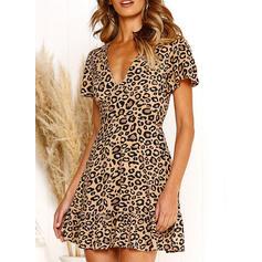Leopard Kurze Ärmel A-Linien Über dem Knie Freizeit Kleider