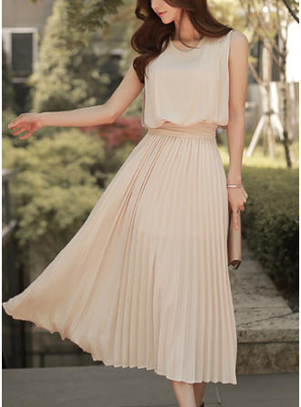 Solid Ruffles Round Neck Midi A-line Dress