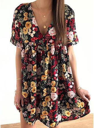 Nadrukowana/Kwiatowy Krótkie rękawy Koktajlowa Nad kolana Casual/Elegancki Sukienki
