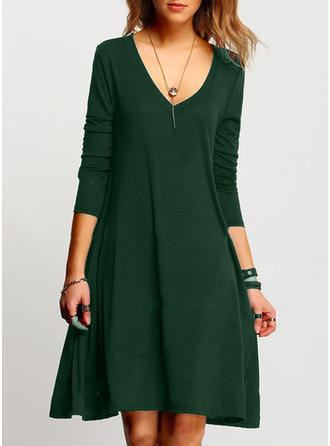 Solid V-neck Knee Length Shift Dress