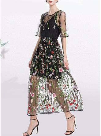 Embroidery Round Neck Midi A-line Dress (Two Pieces)