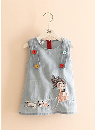 Girls Round Neck Animal Embroidery Buttons Casual Dress