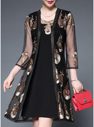 Floral Round Neck Knee Length Shift Dress (Two Pieces)