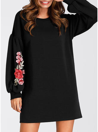 Broderie Manches Longues Droite Au-dessus Du Genou Petites Robes Noires/Décontractée Robes