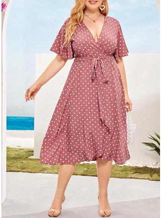 PolkaDot Short Sleeves A-line Casual/Elegant/Plus Size Midi Dresses
