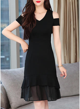 Solid Cold Shoulder Sleeve A-line Knee Length Little Black/Casual Dresses