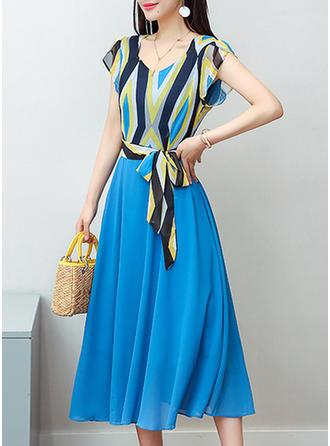 Print V-neck Midi A-line Dress
