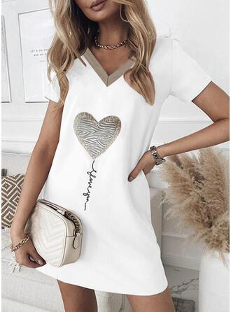 Nadrukowana/Serce/Wytłaczany Krótkie rękawy Koktajlowa Nad kolana Casual T-shirt Sukienki
