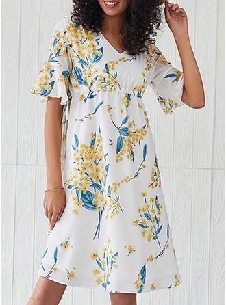 Print/Floral 1/2 Sleeves/Flare Sleeves A-line Knee Length Casual/Elegant Dresses