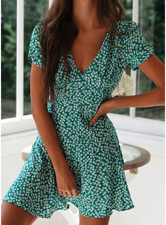 Print Short Sleeves A-line Above Knee Casual Skater Dresses
