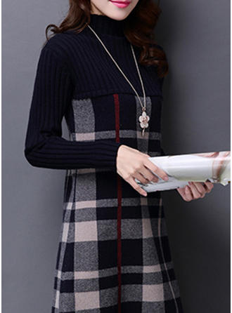 Acrylique Col Roulé Grille Robe Pull