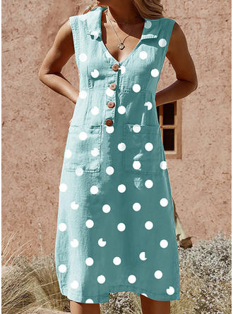 PolkaDot Sleeveless Shift Knee Length Casual Dresses