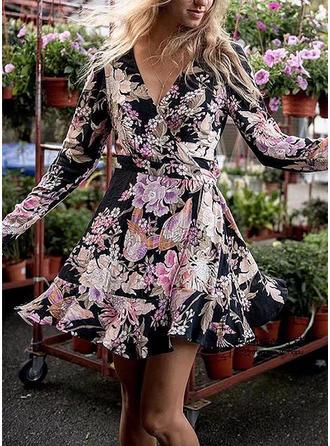 Floral V-neck Above Knee A-line Dress