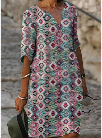 Geometric Print 1/2 Sleeves Shift Knee Length Casual/Vacation Tunic Dresses