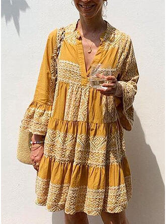 Print Long Sleeves/Flare Sleeves Shift Knee Length Casual/Boho/Vacation Dresses